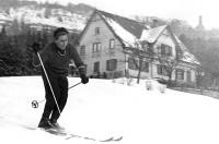 Bleiche mit Skifahrer